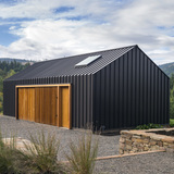 Elk Valley Tractor Shed in Hood River, OR by FIELDWORK Design & Architecture; Photo: Brian Walker Lee