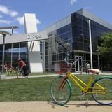Custom-branded Google bike for navigating the Menlo Park campus, image via Salon.