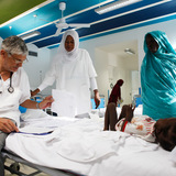The 20-bed Nyala pediatric clinic serves refugees in South Darfur. As well as basic health care and cardiologic exams, it provides educational programs for parents. Credit Emergency.