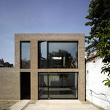 Winner of the Stephen Lawrence Prize 2012: Kings Grove, London SE15 (private house) by Duggan Morris Architects (Photo: Edmund Sumner)