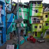 Favela Painting: Praça Cantão, Favela Painting project. Artists: Jeroen Koolhaas and Dre Urhahn, Haas&Hahn (Netherlands), with Santa Marta community youth and Coral Paint Company. Santa Marta comunidade (community), Rio de Janeiro, Brazil, 2009-10. Photo: © Haas&Hahn