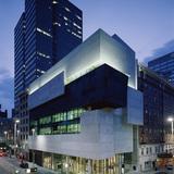 Contemporary Arts Center, Cincinnati (photo by Roland Halbe)
