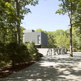 Sagaponac House in Wainscott, NY by TsAO & McKOWN Architects; Photo: Zack McKown
