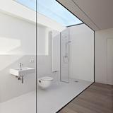 Haus W in Frankfurt am Main, Germany by Ian Shaw Architekten; Photo: Felix Krumbholz