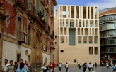Murcia City Hall, Moneo and Pienza, perhaps?