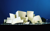 "Looking to ""Frank Gehry"", after Paris but before Los Angeles"