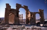 "ISIS allegedly not interested in bulldozing Palmyra architecture but intends to ""pulverize"" statues"