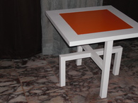 HILO LEG SIDE TABLE