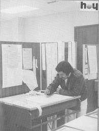 1982 - HOY Newspaper