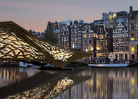 Bundle-Lumber: An Iconic Pedestrian Bridge for Amsterdam