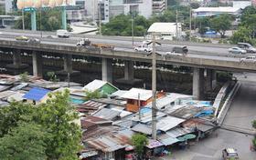 Decoding Bangkok's Pocket-Urbanization: Social Housing Provision and the Role of Community Architects