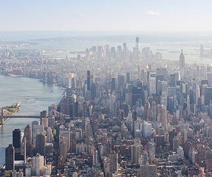 Mastering the Metropolis: New York and Zoning