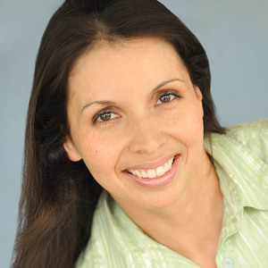 Claudia Acuna