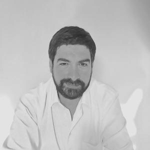 Osvaldo Salazar Mikacic