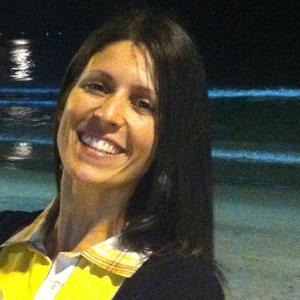 Nina Azevedo