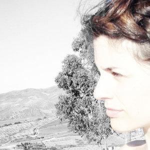 Ana Brett