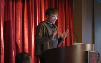 """Live Blog - Marian Dörk, """"From Bird's-eye Views to Street-Level Data Exploration: Taking Text for a Stroll"""""""