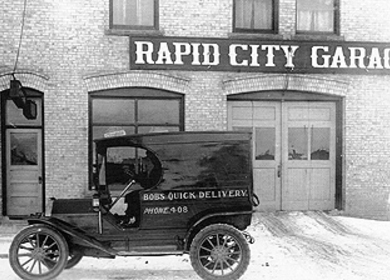 Rapid City Garage / Murphys Pub & Grill