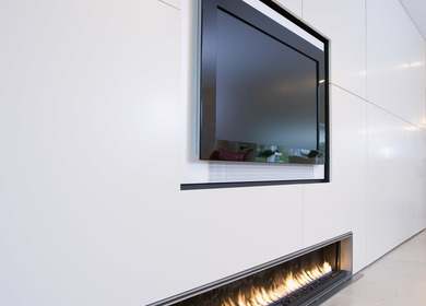 Linear gas fireplace /cheminee rampe gas
