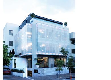 METLIFE Corporate building