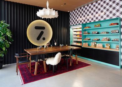 Cloud 7 Hotel Brand & Design