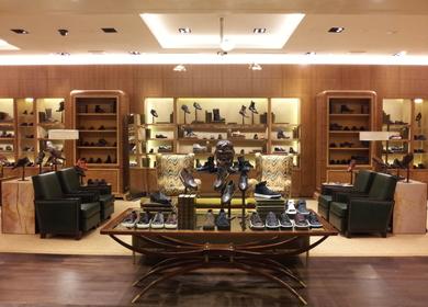 Bergdorf Goodman Mens Shoe Library