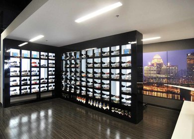 Blue Mile Running Apparel Store