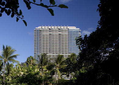 International Hotel Waikiki Beach