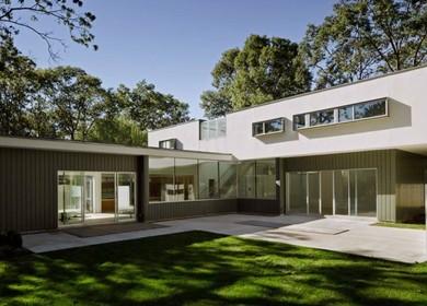 Lakewood Residence