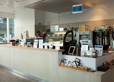 BLU Cafe by Tavalon