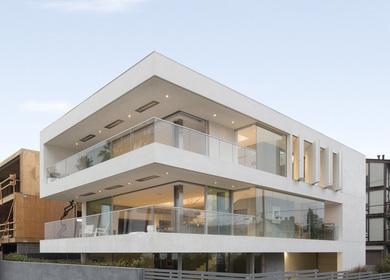 Flip Flop House