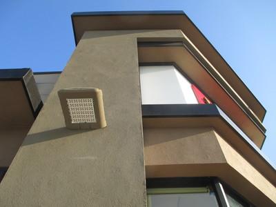 Corner Shop Building / 2013-2014