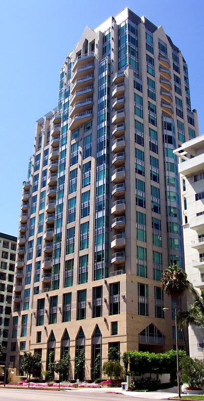 Remington Plaza Luxury Condominium Tower