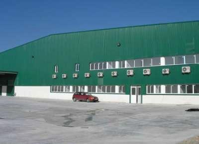 Industrial building for the storage of food packaging products in Valdemoro (Madrid).