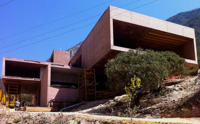 Narigüa House.