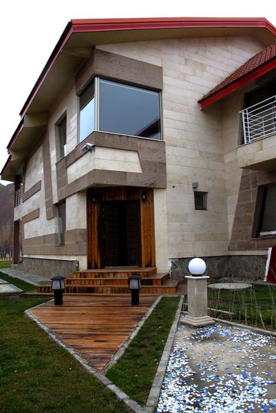 Ahari villa 2013-2014