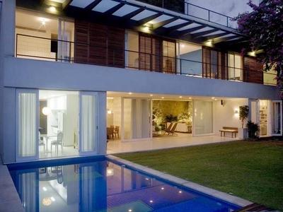 JB House