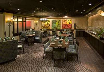 Doubletree Wilmington 3 meal restaurant and buffet