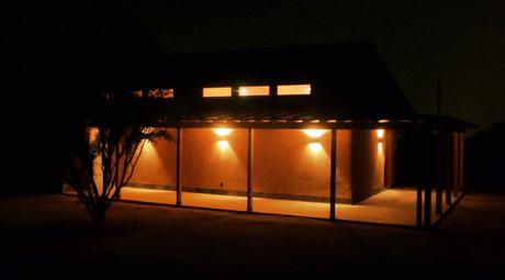 Nashimoto Strawbale Dance Studio-off grid