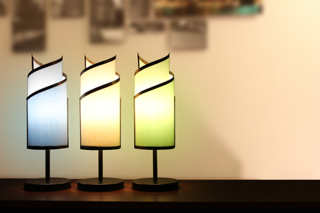 KLADIS table lamp with magnetic interchangeable shades