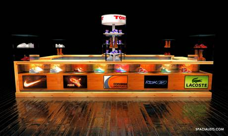 SHOE STORE KIOSK DESIGN - www.spacialists.com