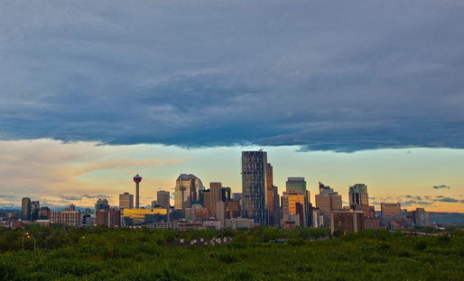 The Calgary skyline (Image via calgarynewcentrallibrary.ca)