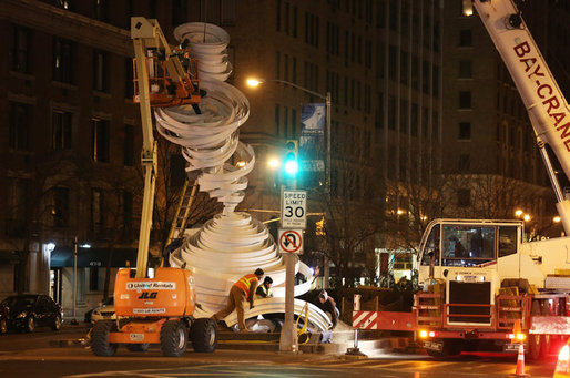 """Cyclone Twist,"" an Alice Aycock art installation, being assembled along Park Avenue. (Credit: Richard Perry/The New York Times)"