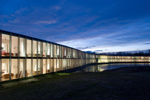 The Howard Hughes Medical Institute, Janelia Farms Campus, Architect: Rafael Violy Architects, P.C.  Brad Feinknopf