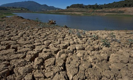 Images of the drought conditions in Brazil's Cantareira water system, which supplies water to 45 percent of Sao Paulo. Credit: Getty Images / via the Weather Channel