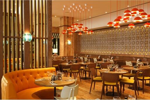 Las Iguanas restaurant interior by Martin Brudnizki Design Studio. Image © Martin Brudnizki Design Studio