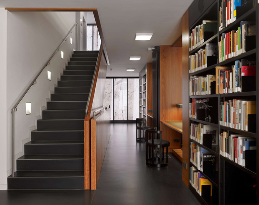 A staircase in the library (Photo: Stefan Müller)
