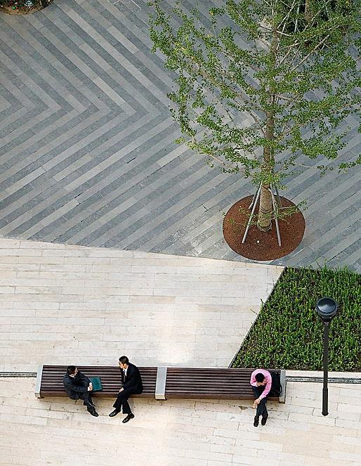 Gubei Pedestrian Promenade, Shanghai, China; Photographer: Tom Fox