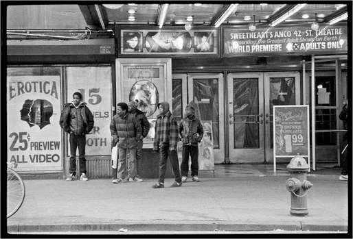 42nd Street, 1985 © Matt Weber. (Image via americanphotomag.com)