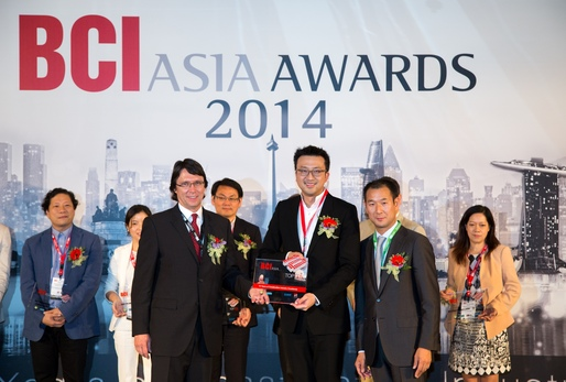 RLP has received the BCI Asia Top 10 Architecture Awards for ten consecutive years in recognition of its exceptional architectural designs and sustainable building concept. Mr. Bryant Lu, Vice Chairman of RLP (the middle) received an award on behalf of RLP.